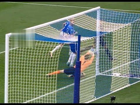 Jonjo Shelvey hits post from corner Vs Brighton (Away) Sep (17/18)