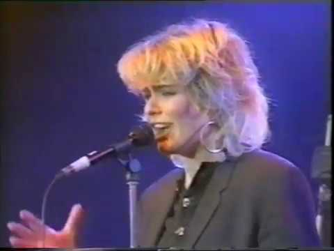 Kim Wilde @ New Year's Eve 31/12/1986 [LIVE CONCERT]