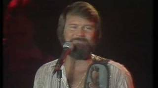 GLEN CAMPBELL LIVE ( i am so lonesome i could cry + southern nights )