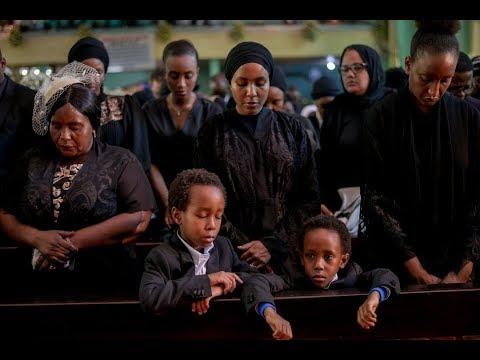 LIVE: Familia ya Dkt. Mengi wakiwa kwenye ibaada ya Kumuaga mpedwa wao.