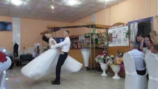 Самый лучший свадебный танец Ани и Паши под музыку м/ф Анастасия