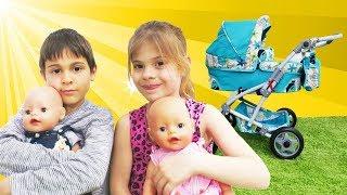 Oyuncak bebek ikizlere bakıyoruz! Fındık ailesi ile çocuk videoları
