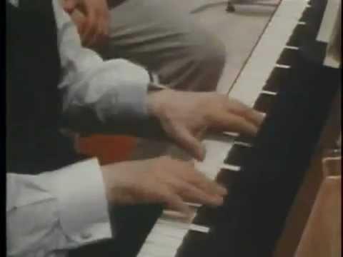 Моцарт, Концерт для фортепиано № 23, III - Горовиц