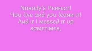 Hannah Montana -  Nobodys Perfect {Lyrics}