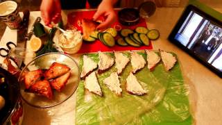 GVK : Окрошка. Бутерброды со шпротами. Слоеный салат с печенью минтая