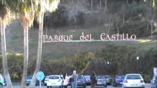 Caminando por fuengirola ... una polla en el Castillo??? Thumbnail