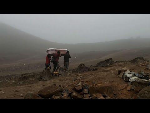 Associated Press: Perú: familias entierran a más de un muerto por coronavirus