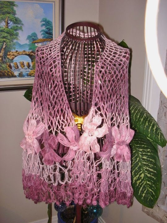 How to Crochet The Motif Flower Shawl 2 ways - YouTube
