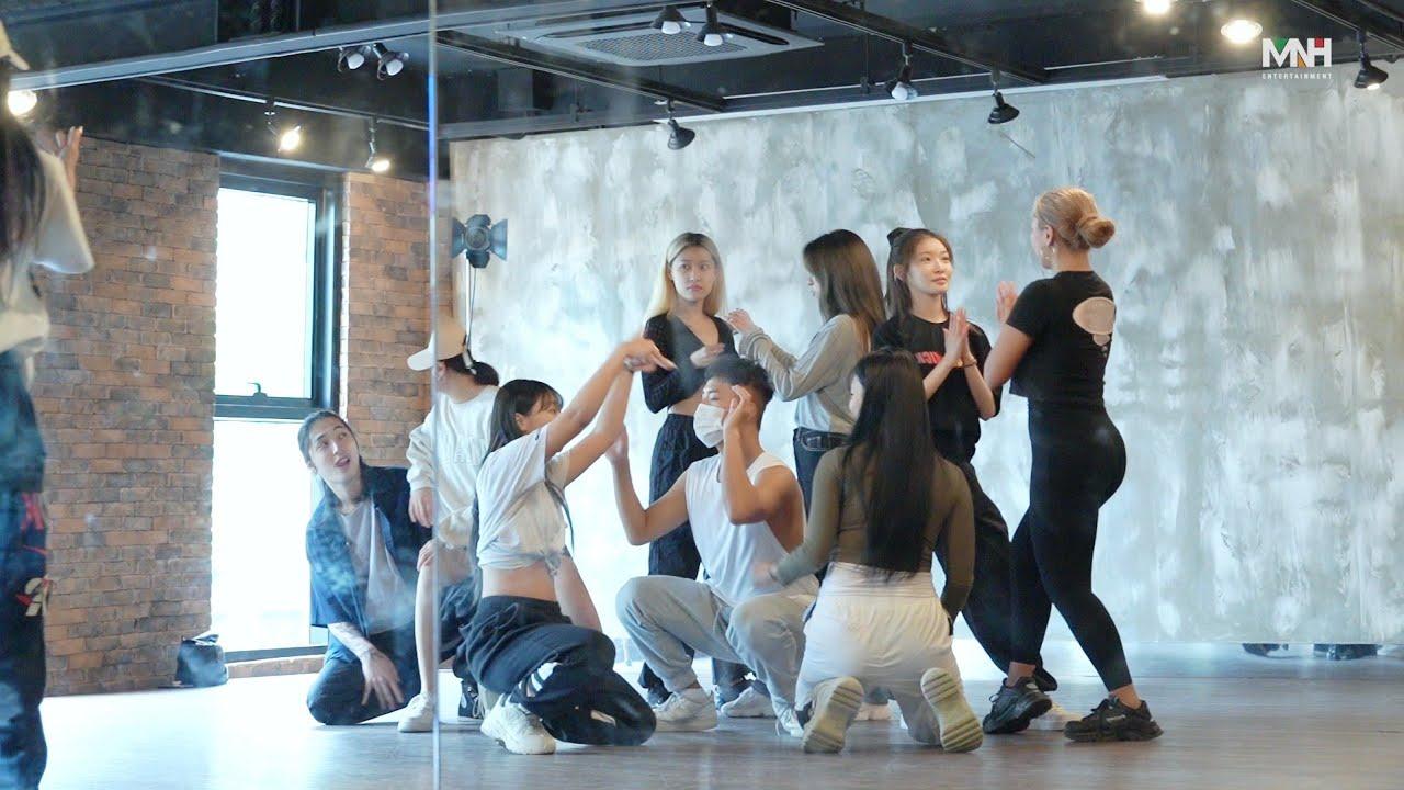 [Dance] CHUNG HA 청하 'PLAY' Choreography Practice Video | Spoiler
