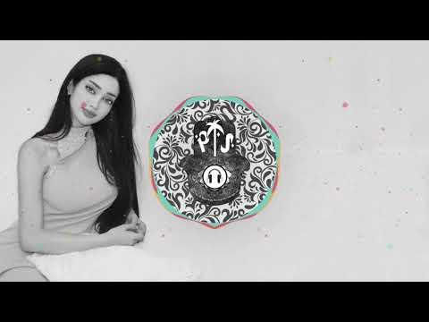 Ash ft Naila - Give a Little