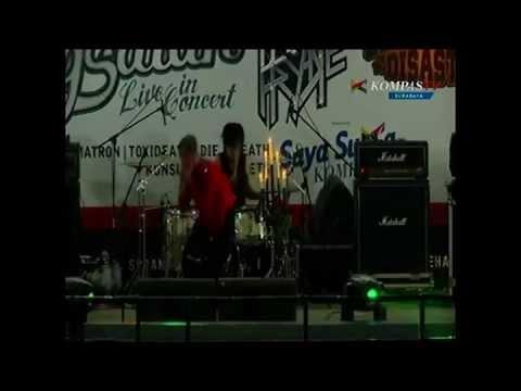 Nadi @ Kompas TV Hypno Friday with Djarum Black Mild Urban Music, Mojokerto 2013