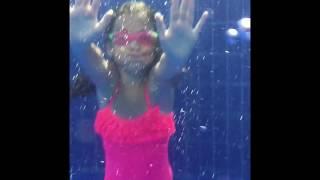 A day at the pool video. Under water filming. Vlog. Ecrın Su Çoban under water.