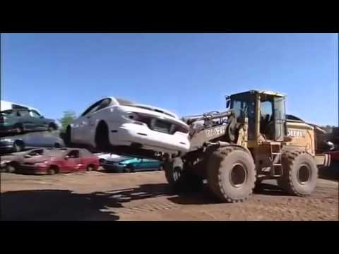 Mighty Machines Car Wreckers