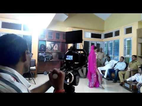 APNA SAMACHAR: Bhojpuri Film On Location Item Song  Shooting In Mumbai Studio