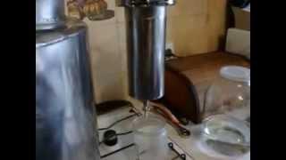 Самогонный аппарат из нержавеющей стали.(Мы сделали самогонный аппарат из экологично чистых, инертных материалов, нержавейка, стекло,., 2015-05-27T14:49:58.000Z)