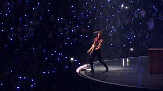 Shawn Mendes - Treat You Better (Live in Oakland)