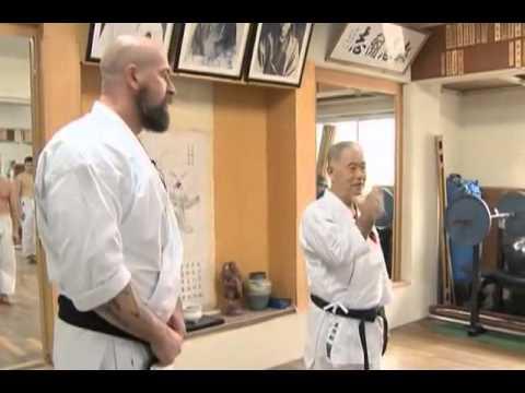 'Стальные кулаки Окинавы'.avi