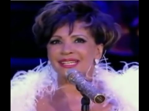 Shirley Bassey - The Girl From Tiger Bay (2009 Live at Electric Proms)