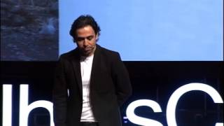 Mutlu Olmak: Özgür Bolat at TEDxIhlasCollegeED
