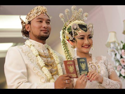 Dwi and Adhi's Wedding (21 Nov 2015)