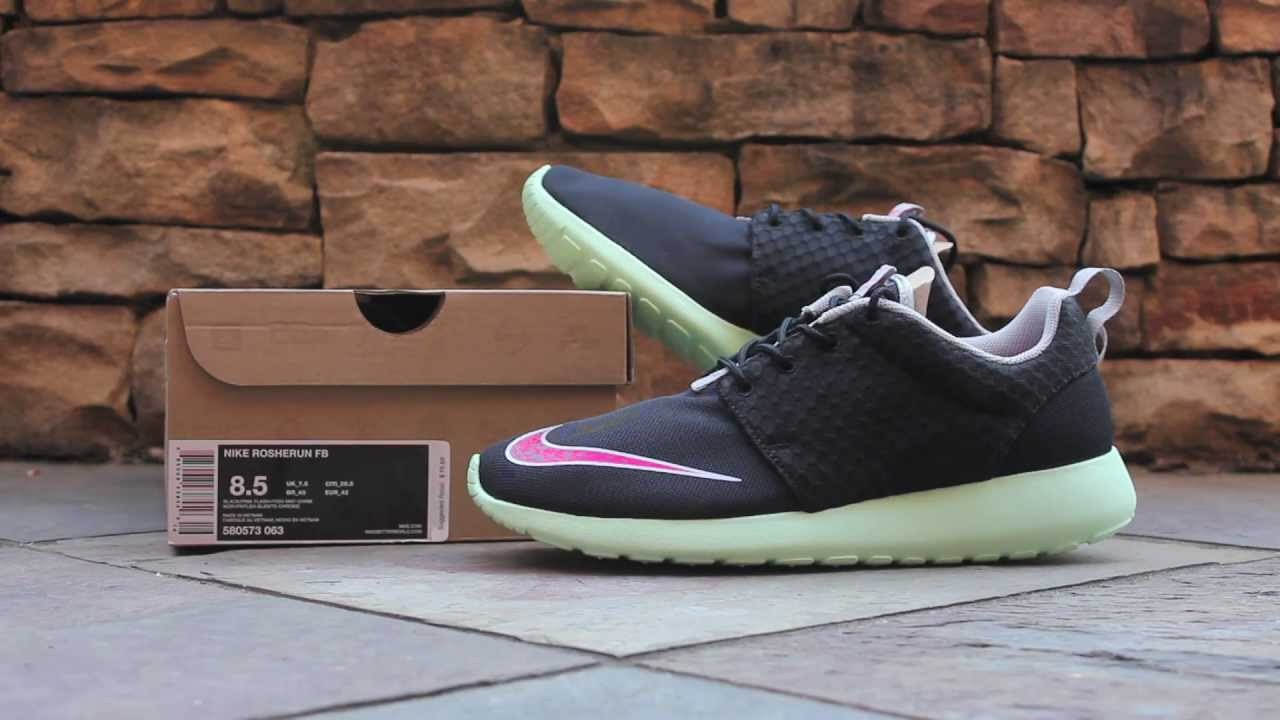 2f49c741c7907 Quick Look  Nike Roshe Run FB -