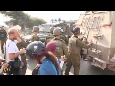 Palestinian Children stand up to Israeli soldiers