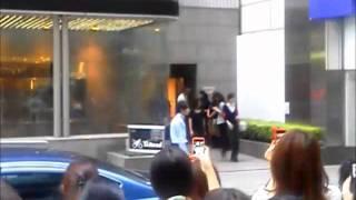 東京宝塚劇場「ファントム」蘭寿とむさんと壮一帆さんの出待ち.