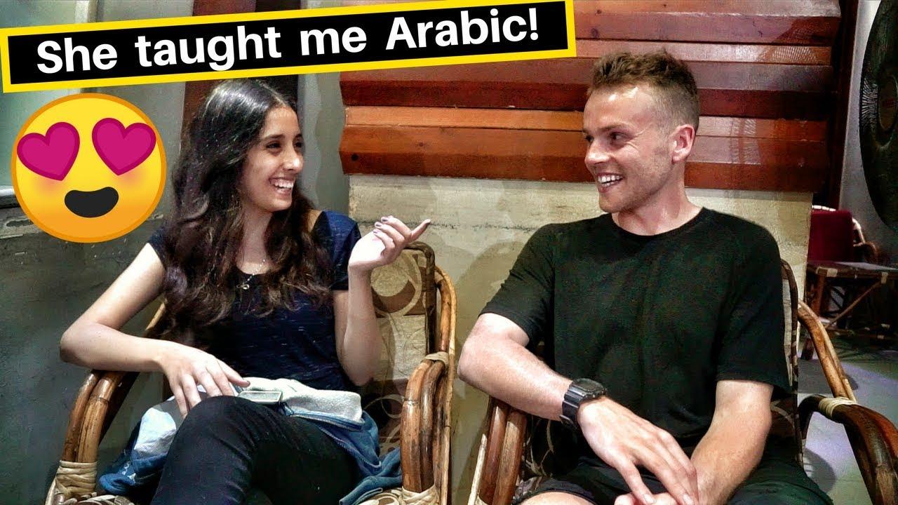 Egypt Girl Teaches me Arabic!❤️فتاة تعلم اجنبى العربية