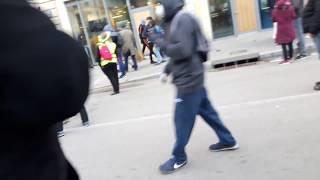 Rouen une  banque et des gilets jaunes en colére acte 16