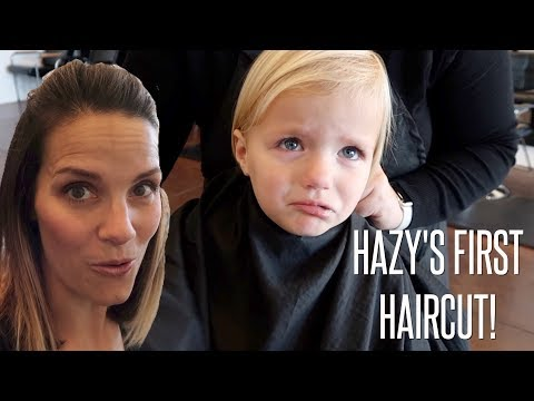💇 TODDLER'S FIRST HAIRCUT DOES NOT GO AS PLANNED 👧