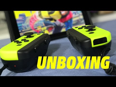 Unboxing the Switch Yellow Joy-Con set and Joy-Con AA Battery Pack