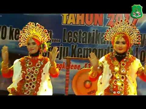 Tari Pattennung Oleh Kecamatan Pancarijang Kabupaten Sidenreng Rappang