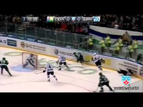 Hockeyfighters.cz  Filip Novak attacks Ref.wmv