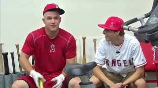 Angels Weekly: Mike Trout hangs with Make-A-Wish recipient at Angel Stadium
