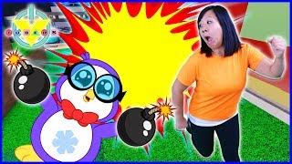 Roblox Super Bomb Survival Let's Play with Ryan's Mommy Vs Peck