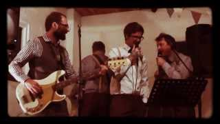 Flight Of The Conchords - Inner City Pressure (live cover)