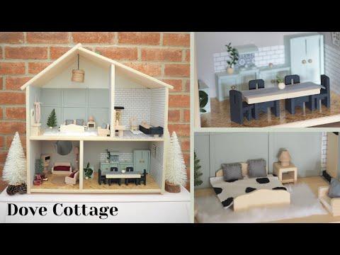 DIY Doll house makeover: £25  IKEA Flisat hack | Dollhouse renovation