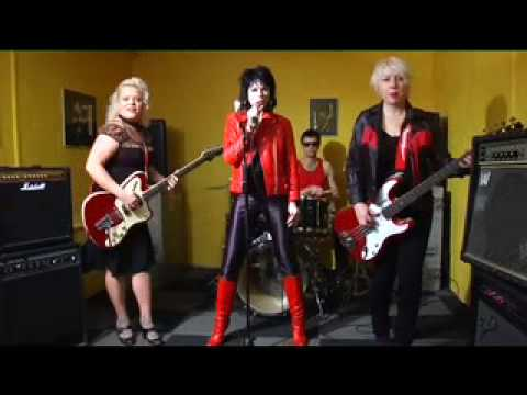 The Priscillas - (All The Way To) Holloway