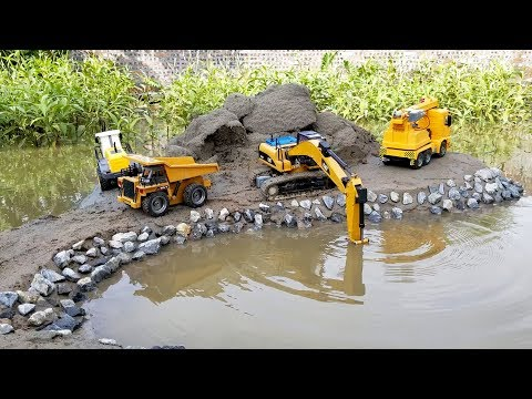 Videos for kids | +Backhoe loader, Dump truck and the car ca