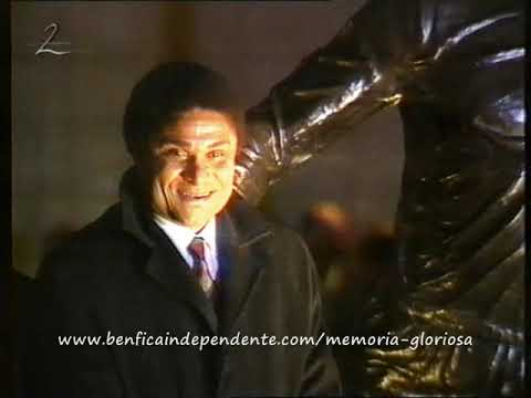 Inauguração da estátua de Eusébio