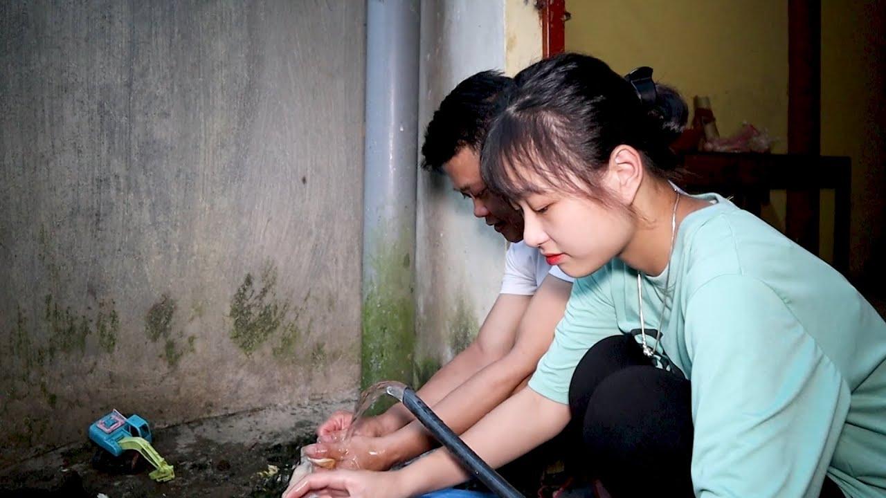 Nữ sinh cấp 3 trổ tài nữ công gia chánh với món Vịt om Sấu