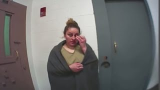 Santa Fe woman tries faking drug test, bolting from jail