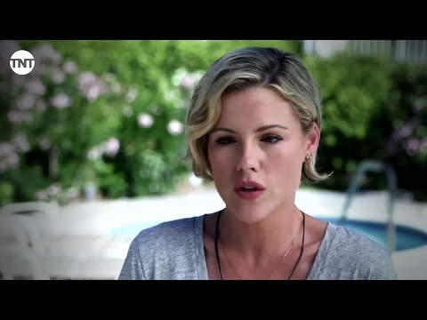 Kathleen Robertson  Murder in the First  TNT