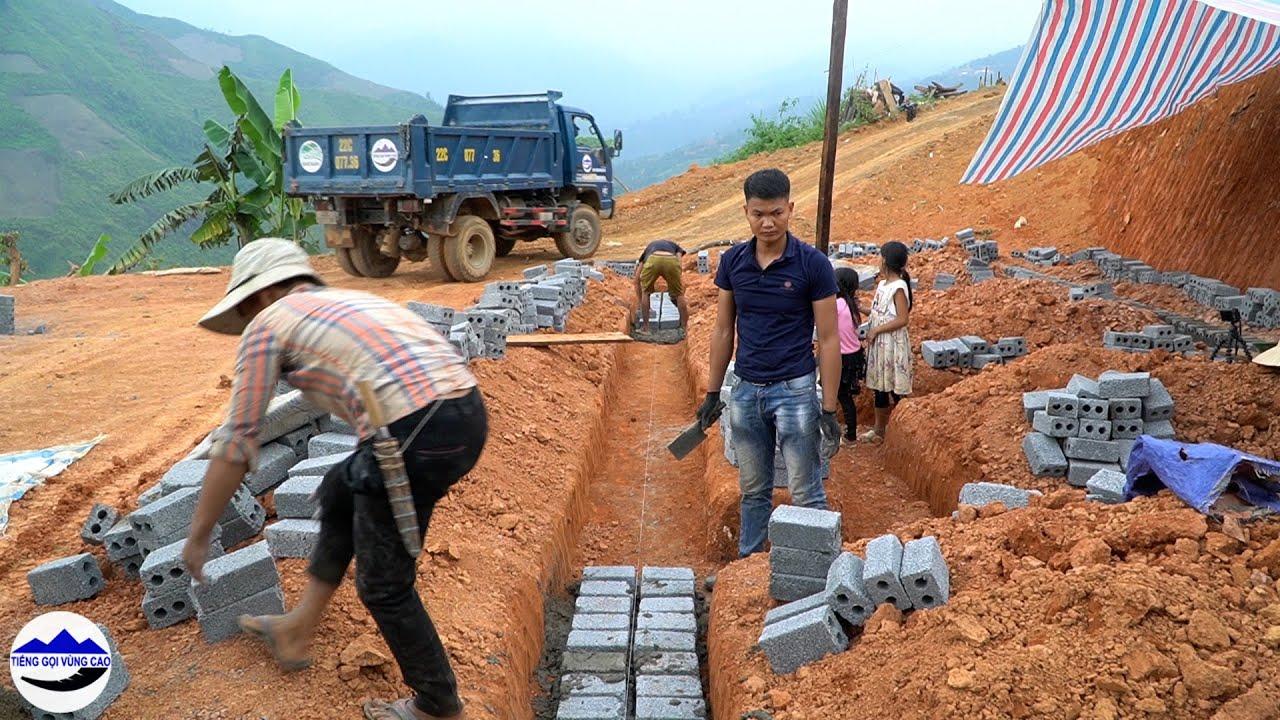 Team bắt đầu xây móng nhà em Mỷ - những viên gạch đầu tiên   Xây nhà em Mỷ bị bệnh quoái ác ( T 6 )