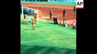 SYND 14 11 77 NIGERIA V TUNISIA WORLD CUP QUALIFIER