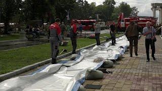 Уровень реки Амур у Хабаровска достиг критической отметки в шесть метров.