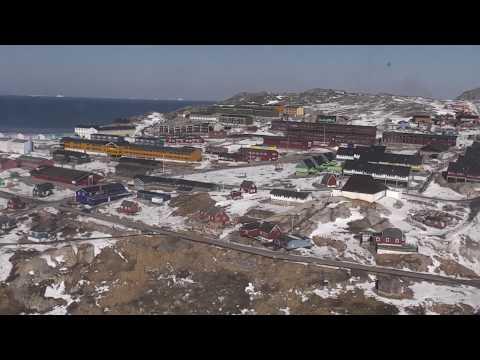 Del 3. Ilulissat til Qasigiannguit med helikopter. Grønland 2010.