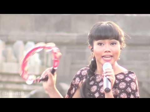 Yura - Super Lunar @ Prambanan Jazz 2016 [HD]