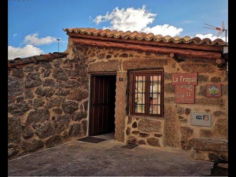 Casa Rural La Fragua En Ávila.  Capacidad 6 Personas, Salón Con Chimenea. Fotoalquiler-la-fragua