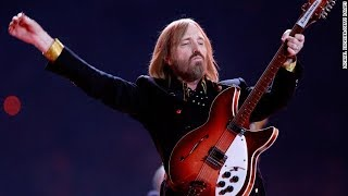 Tom Petty dies at age 66 thumbnail